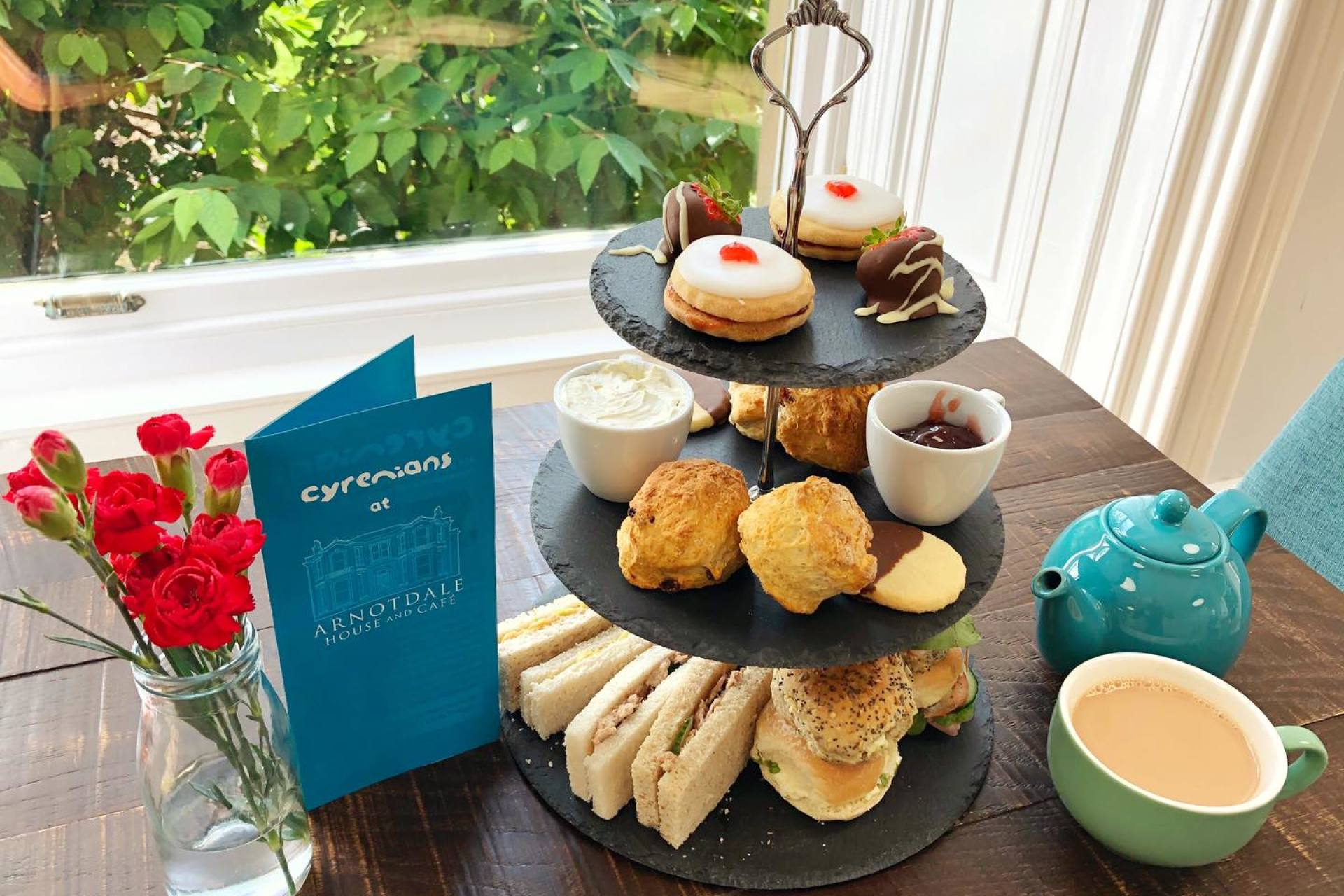 afternoon tea Arnotdale